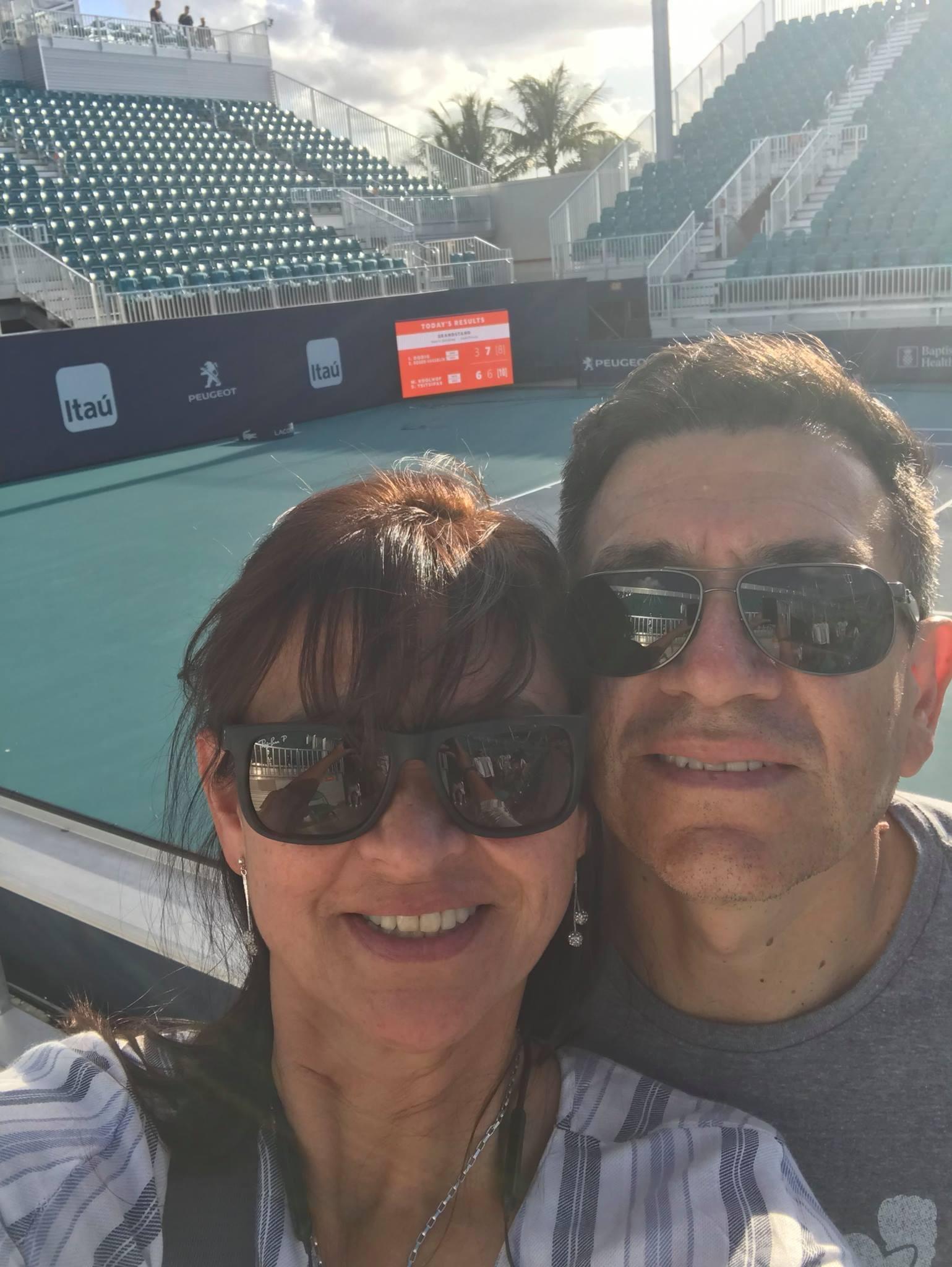 John y Viviana Cortés.